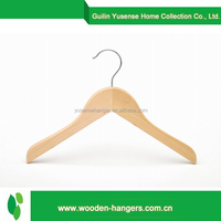 Wholesale low price high quality doll wood hangers for clothes
