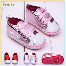 2015 sweet heart baby shoes new design soft baby shoes fancy baby girls shoes