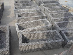 Hot sale natural rectangular cattle water trough prices