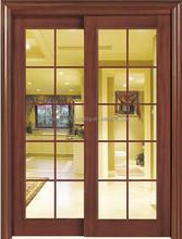 انزلاق الباب الزجاجي لغرفة المعيشة مع الصور في الخشب للحمام