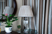 Modern Amercian home Readingroom use fashion style crystal desk lamp with Cloth shade