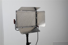 Aputure video shooting led light for Film,Video and Television with Anton Bauer and V-mount Battery Controller Box