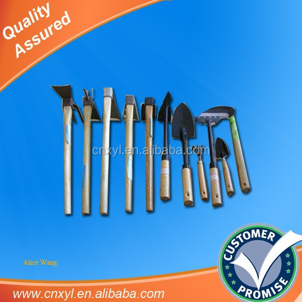 Wholesale different types of hoe garden tool hoe cheap hoe for Gardening tools jakarta