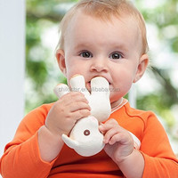 OEM rabbit with ring shaped suitable for 36 months food grade baby squeeze toys