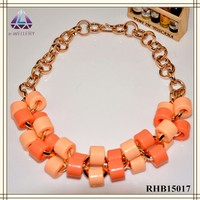 Latest Design Jewelry Fake Gold Chain Heavy Beads Pendant Glow Necklace