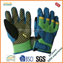 winter sport keep warm gloves, comfortable and cheap gloves
