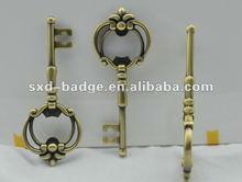 2015 Personalized metal key shaped religious wedding keychains