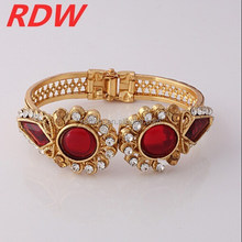 RDW 2015 China Jewelry Manufacture Chic Simple Resin Flower Gold Plated Bangle