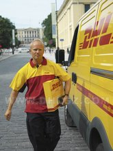 DHL international shipping rates to Switzerland from shanghai