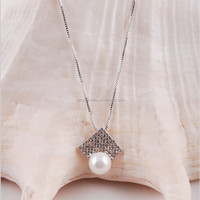 lastest chinese design gold color fashion pearl necklace