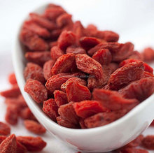 Goji Berry,Chinese wolfberry,Goji,Middle Size SIZE 180/220/250/280/350/380/420/500/550/850 per 50g