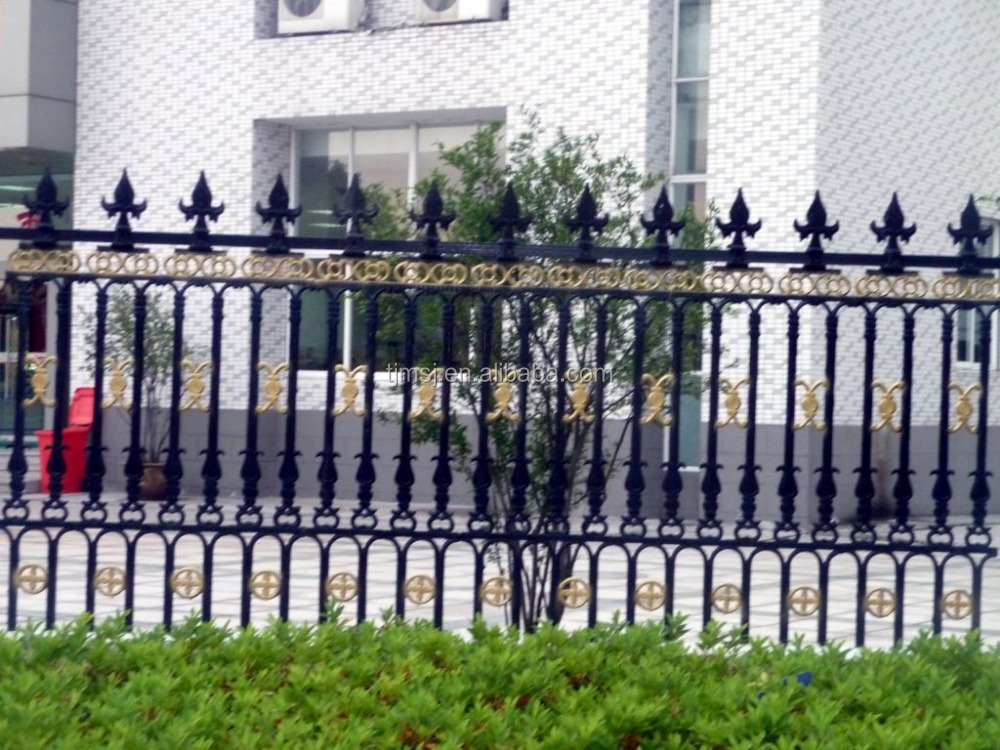 Outdoor decoration application forged iron fence design for Outdoor garden fence decoration
