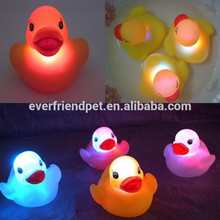 Hot sell floating led decorative light up rubbe duck/led flashing rubber duck
