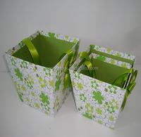 cardboard box with silk handle