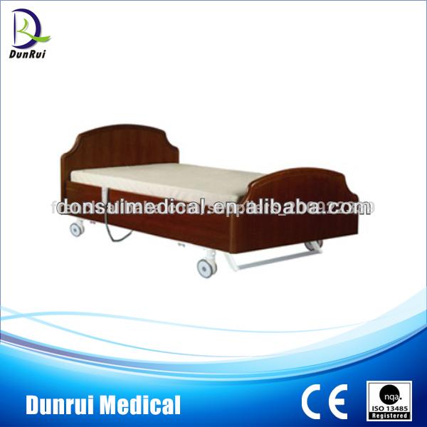 Lit médical élégant à triple fonction électrique du soin DR-831 à la maison