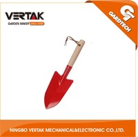 Wooden handle shovel with high quality