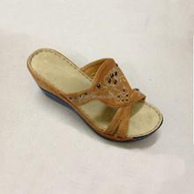 2016 mode frauen sommer pantoffeln gold, silber sandalen transparent high heels plattform keile pantoffeln sexy sandalen für frauen