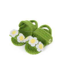 hollowed-out three little flowers type crochet baby shoes,yellow -green color handmade baby shoes crochet flowes NO.MXXPS0231