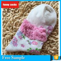 women fine points pattern and bubble screw-type cotton socks white