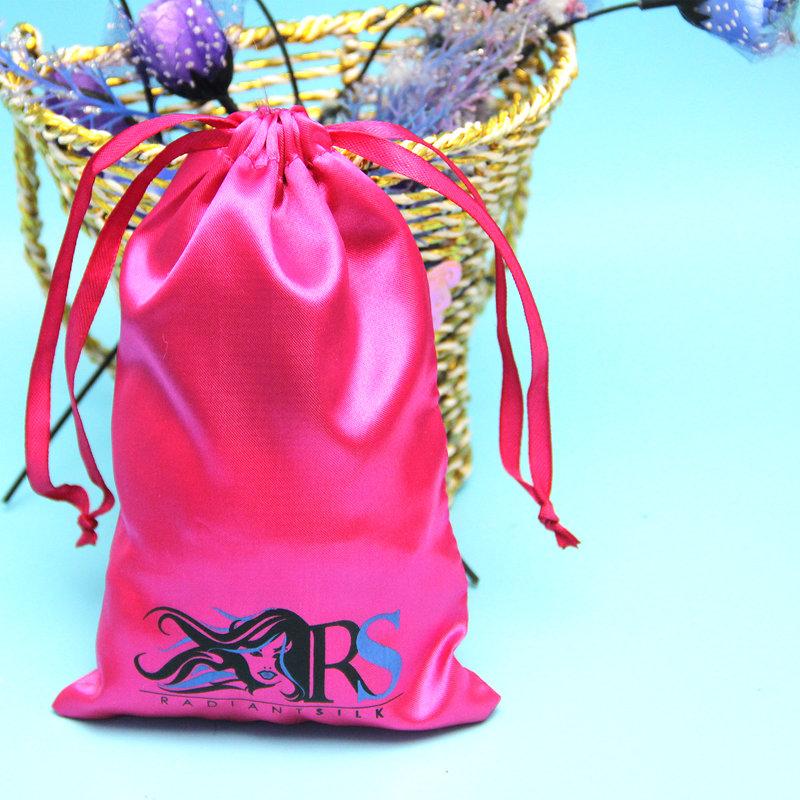 મુદ્રિત લોગોવાળી ઉચ્ચ ગુણવત્તાની કસ્ટમ સાટિન વાળની બેગ્સ