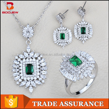 Fashion delicate handmade silver plated jewelry set emerald and white stone bridal gift set for women