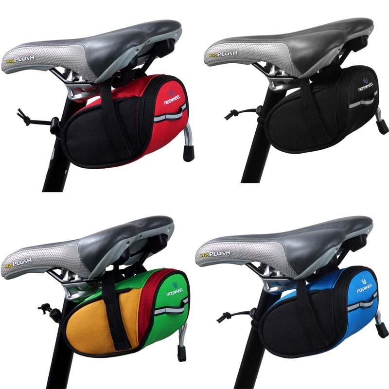 Сумка под сиденье велосипеда Roswheel представлена в 4 цветовых гаммах. Материал из прочного полиэфирного влагонепроницаемого материала со светоотражающей полосой сзади. Купить с бесплатной доставкой. Цена 570 рублей
