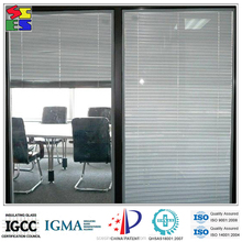 2015 Natural best price glass with internal blinds for windows
