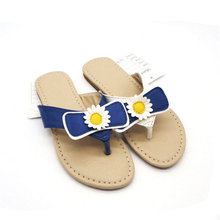 new design 2015 new arrival cute and beautiful kids flat cartoon pvc slippers