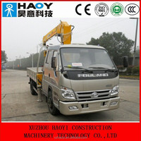 FOTON 4*2 mini small cargo truck with hydraulic booms truck mounted crane for sale