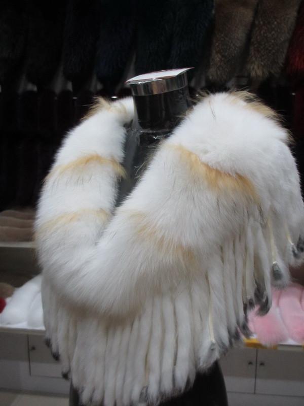 S1017 New style Fashion Women 100% Real Fox Fur Bride Shawl  wedding fur poncho with tassel