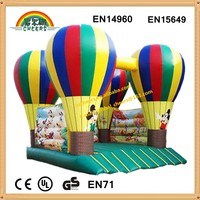 Inflatable balloon castle jumping house