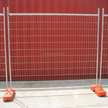 Outdoor temporary metal dog fence panels