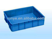 Portable plastic box in office/fruit transport container in plastic material