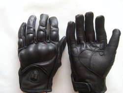 Motorcycle riding gloves, carbon fiber protected vintage gloves, New 2016 OEM/ODM biking long leather gloves
