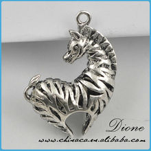 promotion alloy sliver plated lucky horse charms(H101627)