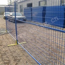 Temporary galvanized retractable fencing for gardens