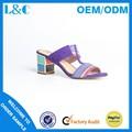 L&c k10-e439 a juego de color de espesor sandalias de tacón fábrica de calzado de señora sandalias