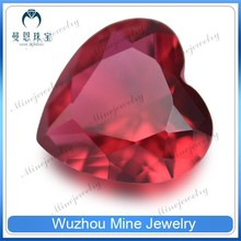 synthetic decorative dark red heart glass gems