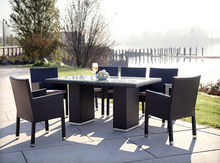 2015 Waterproof noble restaurant used rattan glass dining table