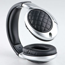 HD voice wired design stereo leather MP3 sports headphones