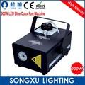 Professtional 900 w led fog machine com a cor azul