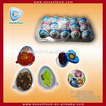 Kinder surpresa de chocolate ovo com brinquedo engraçado