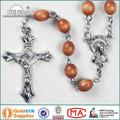 Los granos de madera al por mayor del collar del rosario católico
