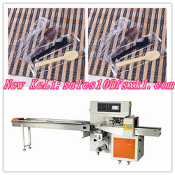 Disposable spoon packaging machine