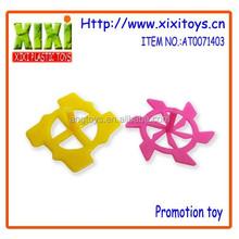 2.6Cm wholesale cheap toys plastic spin top