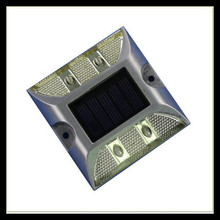 Solar LED flash light aluminum+PC 120*120*50mm traffic safety product reflective road stud D011A
