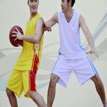 de moda breathness baratos personalizados uniformes del baloncesto de china