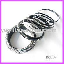Fashion magnetic plastic & metal bangle set