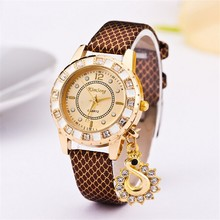 2015 New Arrive snake skin design leather fashion watch for ladies wholesale