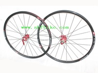 Bicycle wheel 26'' 24H four colors available with aluminium alloy rim ball bearing hubs stainless steel spoke bicycle wheel